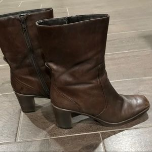 Beautiful Brown Leather mid calf boots